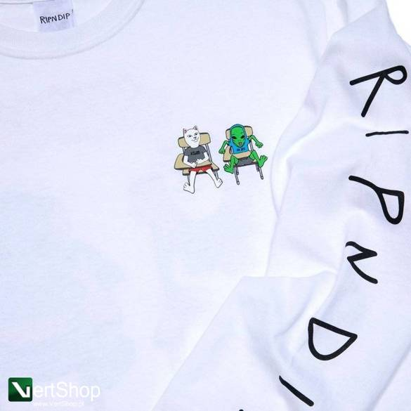 Longsleeve ripndip butts up white